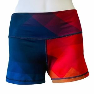 Jiva color block fitted athletic yoga shorts